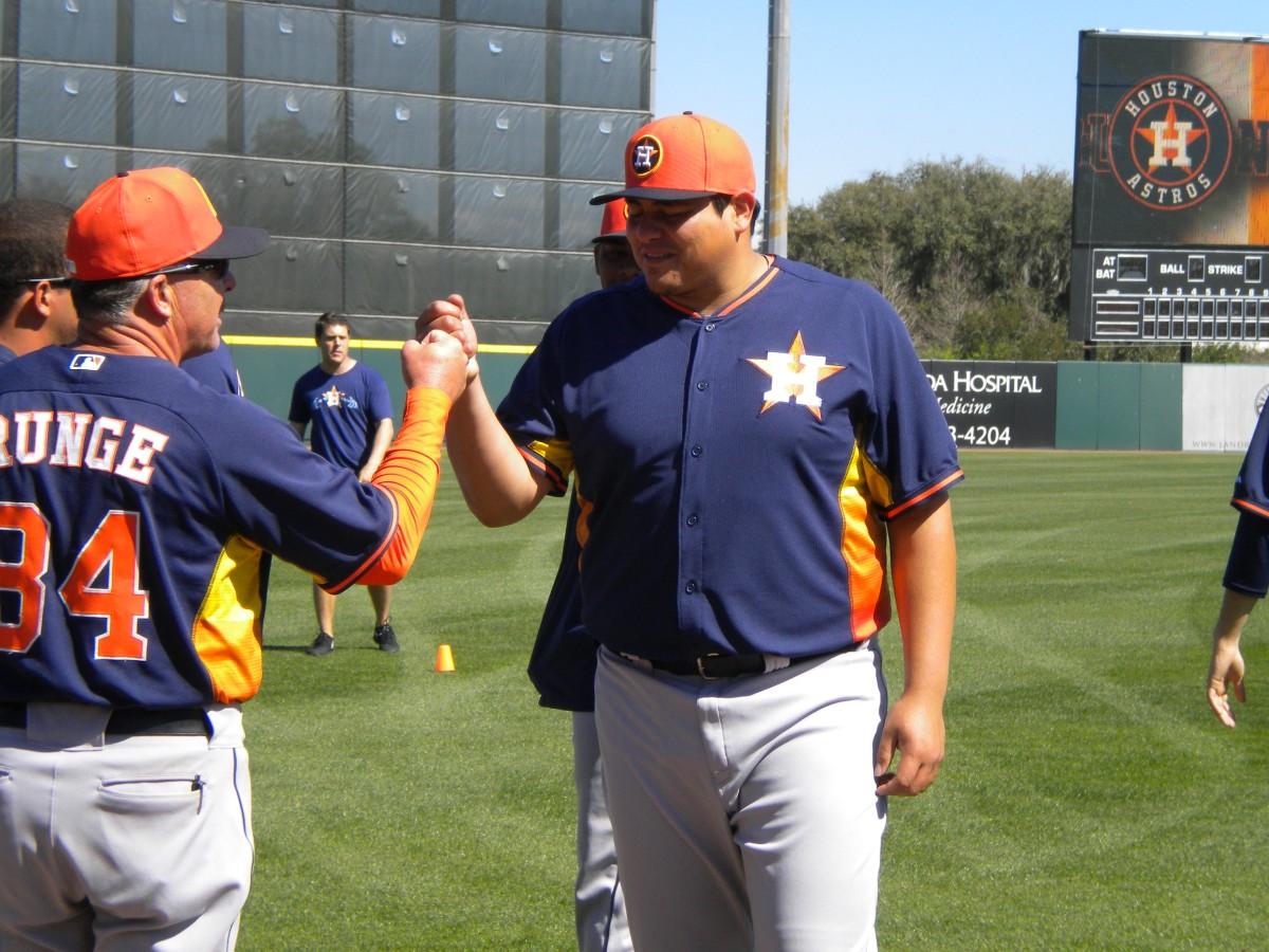 Astros 315 Pound Prospect 'el Gigante de Mulegé' Could Become MLB's Fattest Player